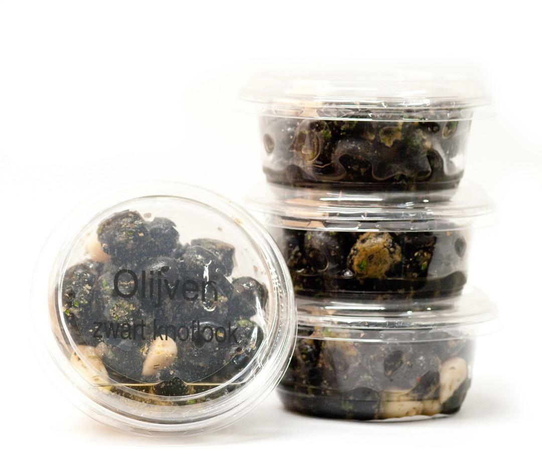 Zwarte Olijven met look (100 Gram) - Slagersonline